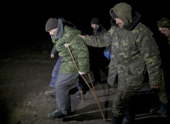 Perché dalla Novorossija e dalla Russia hanno ragione a trattare i soldati ucraini con compassione e gentilezza