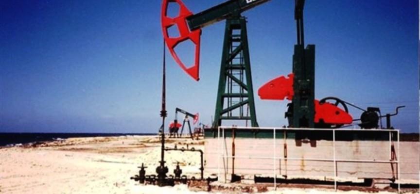 Demistificare i miti popolari sul prezzo del petrolio