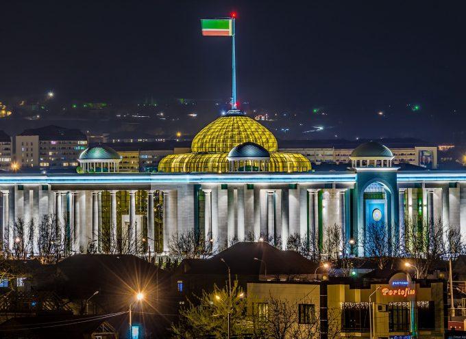 Cosa suggeriscono le conseguenze dei recenti combattimenti a Grozny riguardo la relazione tra Putin e Kadyrov
