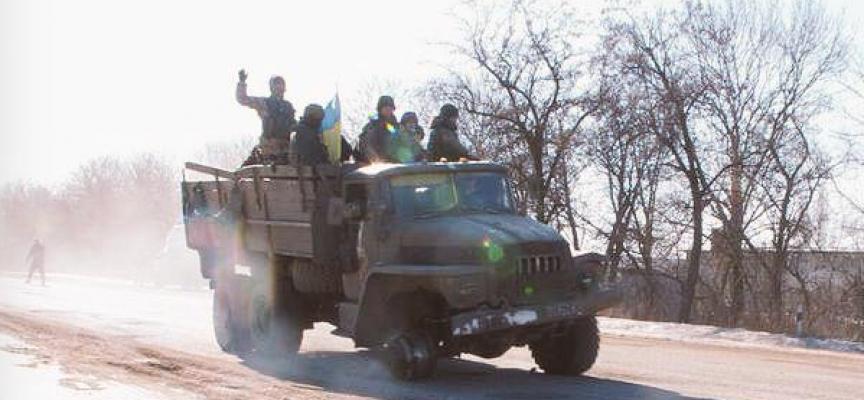 Commenti di un ufficiale di Kiev riguardo l'incompetenza del Quartier Generale di Debaltsevo e la fuga autorganizzata
