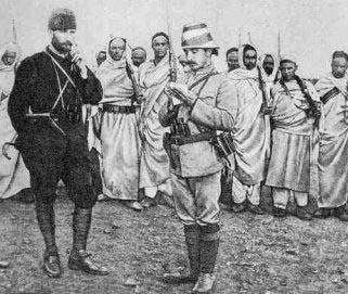 Mustafa Kemal, futuro leader turco, al tempo del suo comando della piazzaforte di Tobruk durante la guerra Italo Turca