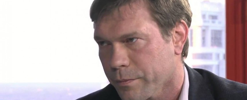 Da guardare assolutamente! Deputato ucraino: gli Usa fomenteranno una guerra in Ucraina! Discorso del 20/11/2013!! PRIMA di Maidan