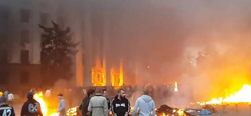 """L'ambasciatore ucraino vuole che una città italiana cambi nome alla piazza """"Vittime di Odessa"""""""