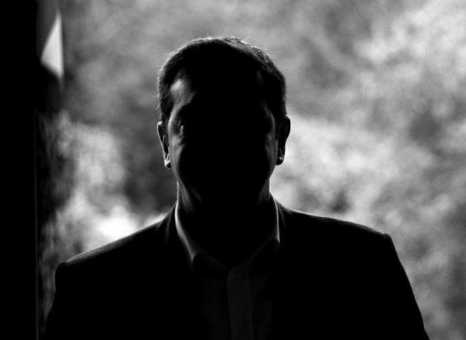 """Scoppiata una bomba atomica nell'incontro tra Tsipras e Martin Shultz- Richiesta di Tsipras: """"vogliamo Mandare la Merkel a giudizio presso il Tribunale Internazionale """""""