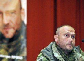 """Il leader di """"Settore Destro"""" vuole deportare la popolazione del Donbas"""