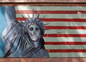 Il Potere Americano Smascherato: Fascismo e Dittatura