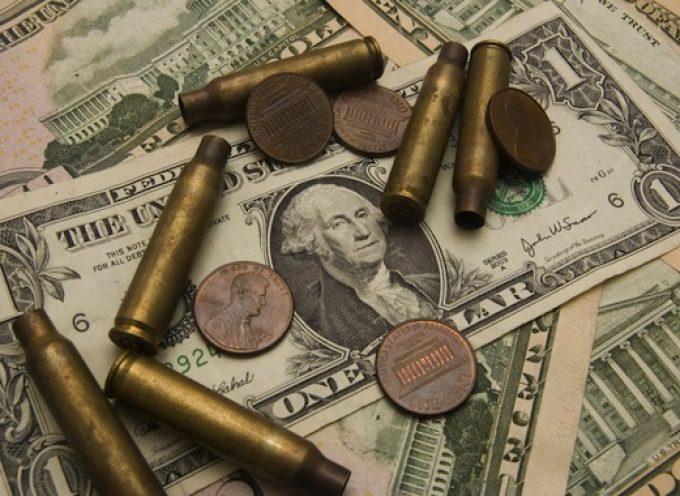 L' economia politica della guerra civile: come l' Ucraina si è impoverita quanto il Tagikistan in un solo anno