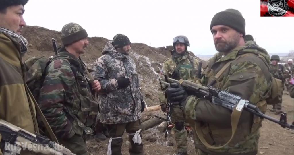 Mozgovoj al fronte nei pressi di Debaltsevo.