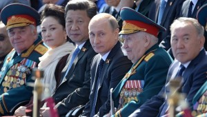 Xi-Jinpin-and-Putin-on-Vday-300x170