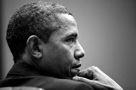 """Barack Obama: secondo il gen. Tricarico """"Disimpegno graduale quindi dal ruolo di guida in operazioni militari e politica estera disaggregante e destabilizzante paiono i caratteri distintivi del comportamento statunitense, e le vicende del Golfo ne sono l'ultima testimonianza."""""""