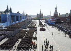 Le celebrazioni di oggi a Mosca per la Giornata della Vittoria segnano un punto di svolta nella storia russa