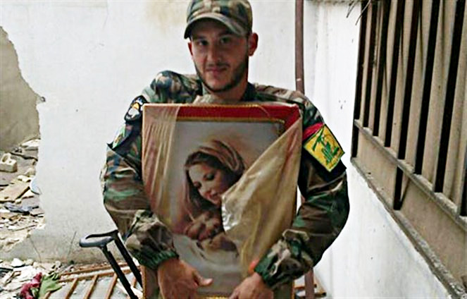 Hezbollah-fighter-with-an-image-of-the-Holy-Theotokos
