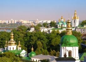 Kiev: i castagni sbocciano di nuovo