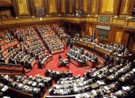 La democrazia è una farsa – l'esempio greco in cifre