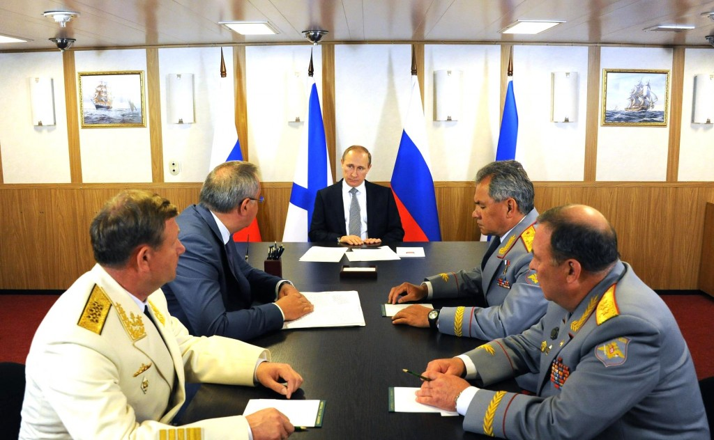 Putin-Rogozin-and-Shoigu-discuss-the-new-Naval-Doctrine-of-Russia