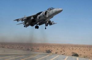 Un AV 8B Harrier Australiano  - L'aviazione australiana compie missioni su obiettivi del Califfato in Siria dal Settembre 2015