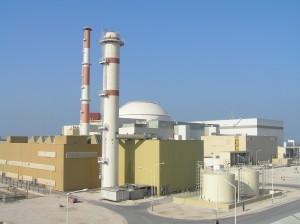La centrale nucleare di Bushehr  costruita in Iran con l'assistenza tecnica russa.