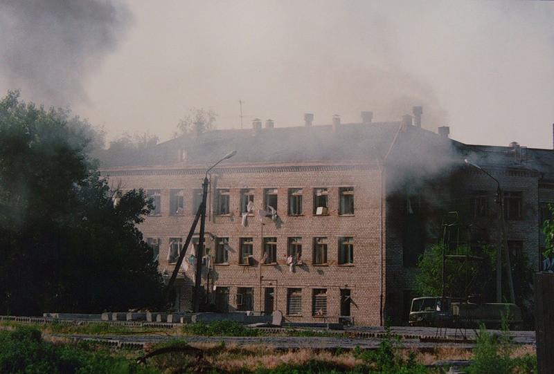 L'ospedale di Budenovsk al tempo dell'attacco terroristico del 1995.
