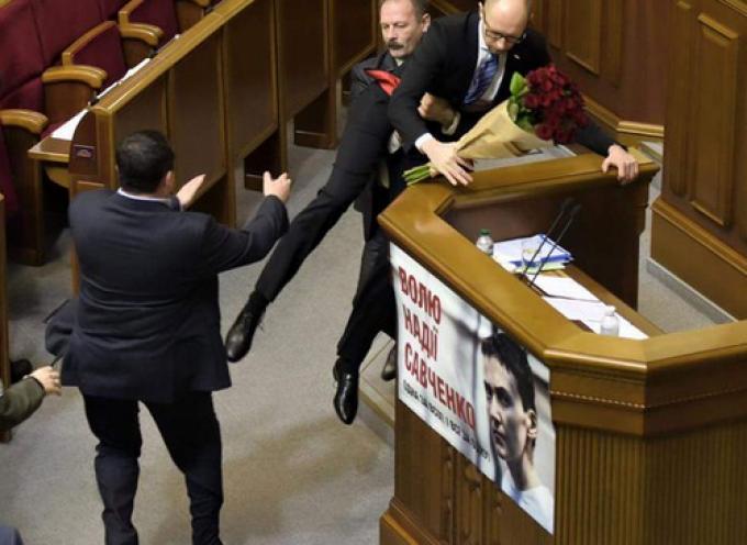 Un giro di Valzer per Yatsenyuk