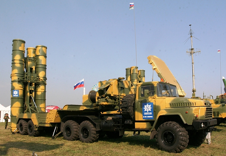 Batteria S-300 russi