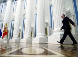 La Russia indica le 'Rivoluzioni Colorate' e le ONG straniere come minacce per la sicurezza