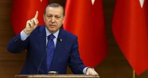 Il Presidente Turco Tayyip Erdogan tiene un discorso ai mukhtar nel Palazzo Presidenziale di Ankara, Turchia, il 16 marzo 2016.
