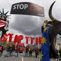 La NATO del commercio, in Europa e in Asia, è condannata