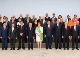 """Lista degli obiettivi: distruggere la """"B"""" dei BRICS"""