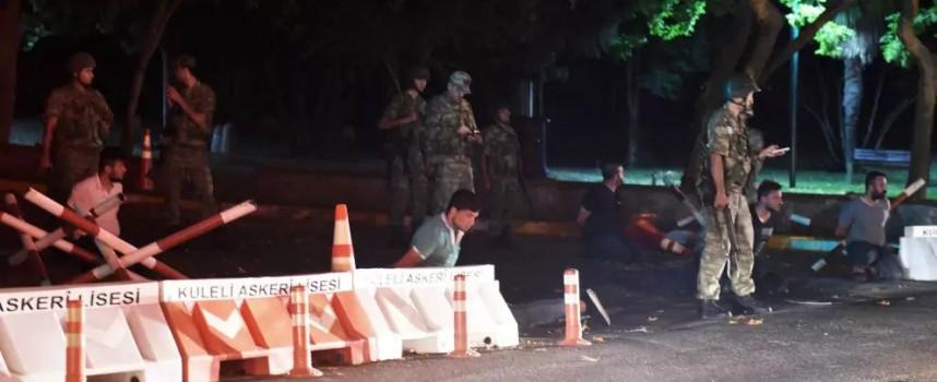 Ultime Notizie: Colpo di Stato in corso in Turchia! (THREAD APERTO)