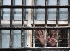 Ucraina: repressioni contro i dissidenti, amnistia ai banditi