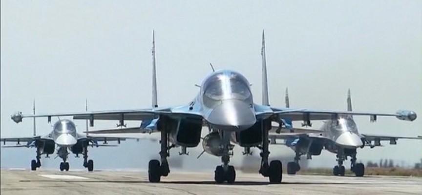 Massiccia campagna aerea russa per fermare l'attacco su Aleppo di Al-Qaeda e USA