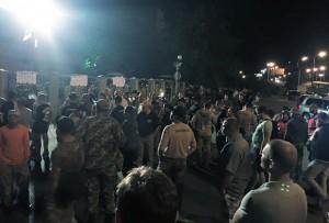 Sostenitori del Tornado presso il tribunale Obolonskij il 2 Agosto (dalla pagina Facebook del Quartier generale per la liberazione dei patriotti)