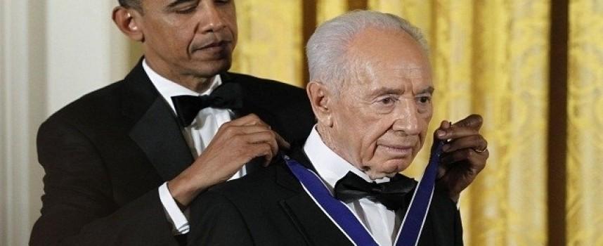 Shimon Peres non era un pacifista. Non dimenticherò mai la vista del sangue che scorreva e dei corpi che bruciavano a Qana.