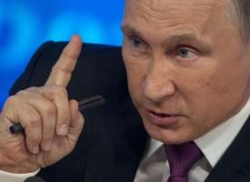 """Vladimir Putin avverte la NATO: la Russia """"farà tutto il necessario per mantenere l'equilibrio strategico tra le potenze"""""""