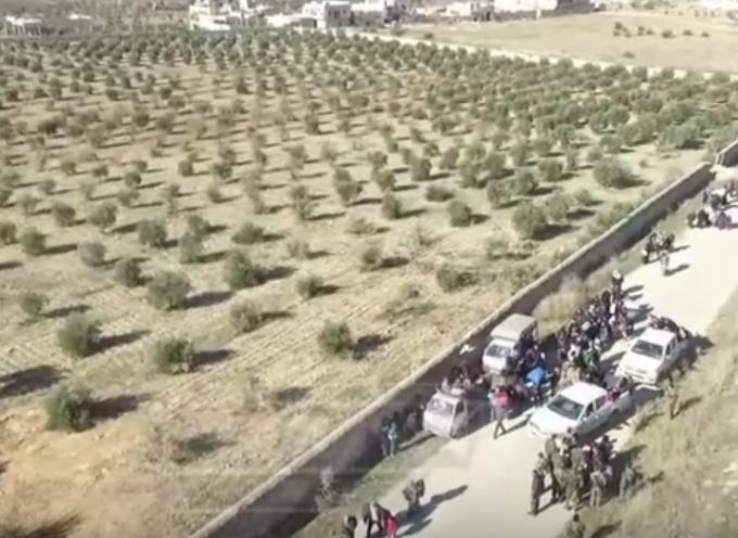 Aleppo: i terroristi cercano di fuggire mescolandosi ai profughi