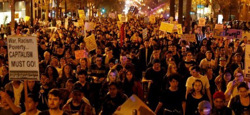 """Una """"rivoluzione colorata"""" è in corso negli Stati Uniti"""