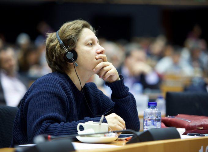 Europarlamentare visita il donbass: per Kiev è terrorista