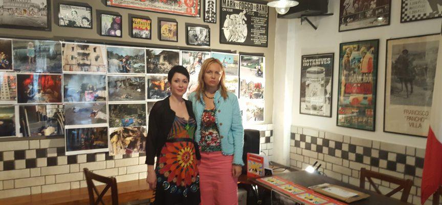 Due donne del Donbass: Viktoria Shilova e Anna Tuv