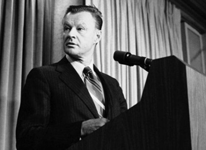 """Brzezinski voleva che la NATO diventasse """"il centro di una rete mondiale"""" di Accordi sulla Sicurezza"""