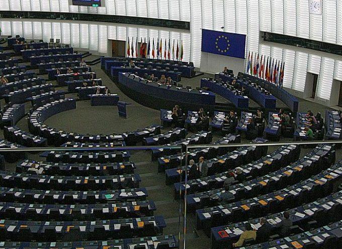 L'Europa smetterà di prendere ordini da Washington?