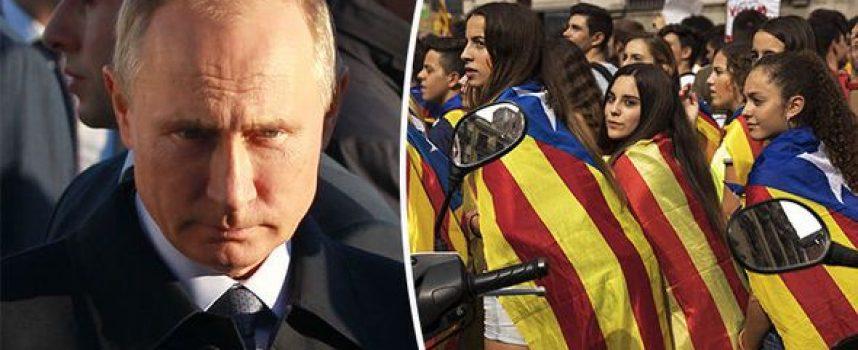 Putin incolpa l'ipocrisia della UE per la crisi in Catalogna