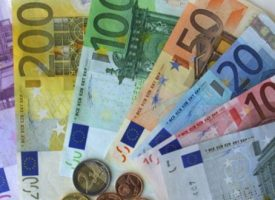 Perché no il Petroeuro? O la tensione storica della Francia per un'Euro-zona anti-austerità