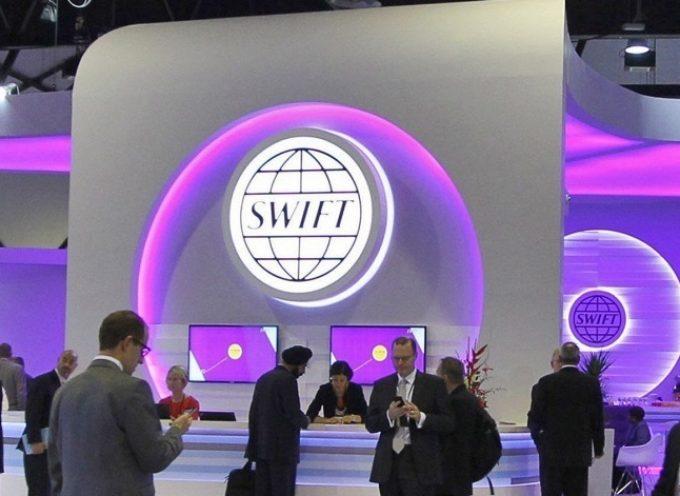 La Russia fuori dallo SWIFT