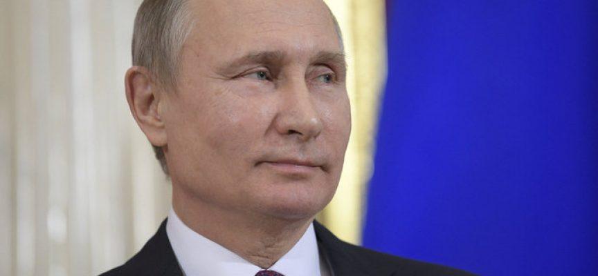 Vladimir Putin rieletto presidente della Russia con una vittoria schiacciante