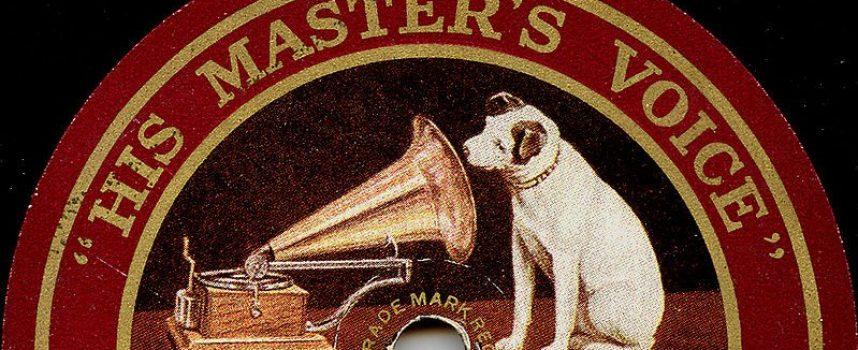 La voce del padrone (o come un cane obbediente va alla guerra)