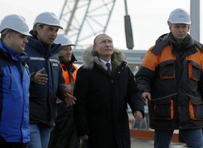 Un Putin popolare si prepara per la Guerra Fredda 2.0