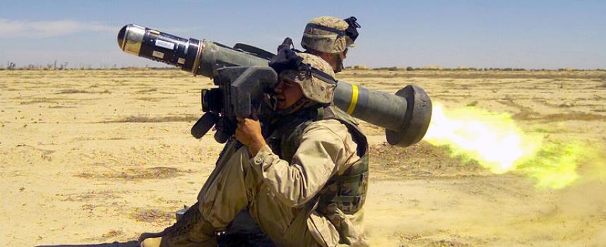 Gli USA forniscono armi letali all'Ucraina per aggravare il conflitto e seppellire le speranze di pace