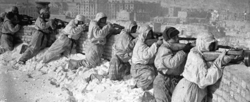 Il presentatore tv ucraino Dmitrij Gordon ha insultato l'assedio di Leningrado e condannato Stalin e Žukov per aver difeso Stalingrado