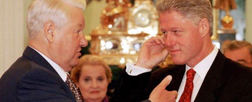"""Nuovi documenti sulle conversazioni Eltsin-Clinton espongono ulteriormente le """"interferenze"""" americane nella politica russa"""