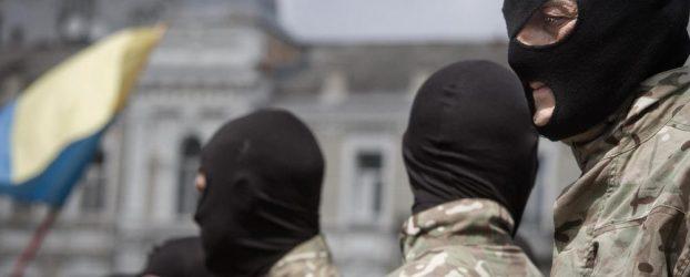 Perché Yarosh ha ritirato i suoi nazionalisti dal Donbass